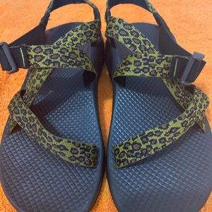 Very nice Chacos leopard print